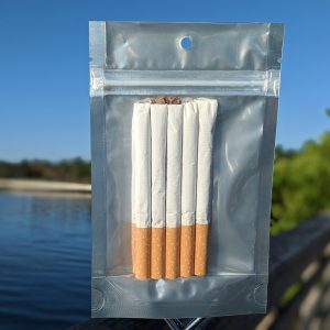 kratom cigaretts on water